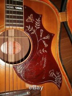 1968 Vintage Gibson Hummingbird Signed by Loretta Lynn