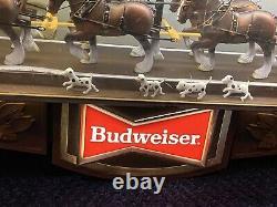 Budweiser Beer Champion Clydesdale Horse Vintage Team Bar Light Sign Clock