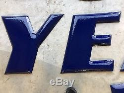 NICE VinTaGE PORCELAIN GOODYEAR LETTERS & WINGED FOOT Tire Station GAS OIL OLD