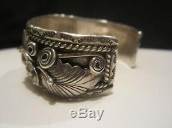 Native Vintage Pawn Navajo Sterling Silver Foliate Coral Cuff Bracelet Signed