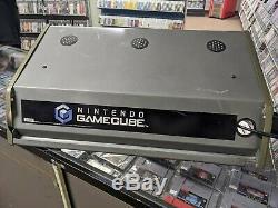 Nintendo Gamecube Kiosk Topper Sign Light Up Backlit Vintage Original Cracked