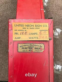 Rare, Vintage SIX FOOT LIGHTED RED ARROW SIGN Mint Condition / United Neon Co