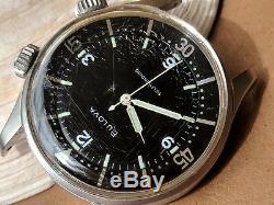 Vintage 1962 Bulova Super-Compressor Divers Watch withPristine Dial, Signed Crowns