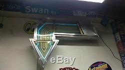 Vintage 4-1/2 Foot Neon 4 color flashing Lighted Arrow 2 Sided Sign Aluminum