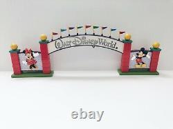 Vintage Walt Disney World Monorail Accessories Archway Sign Playset Lights Up