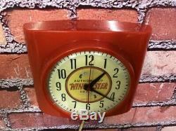 Vtg Winchester Dealer Revolver Advertising Gun Shop Pistol Parts Wall Clock Sign